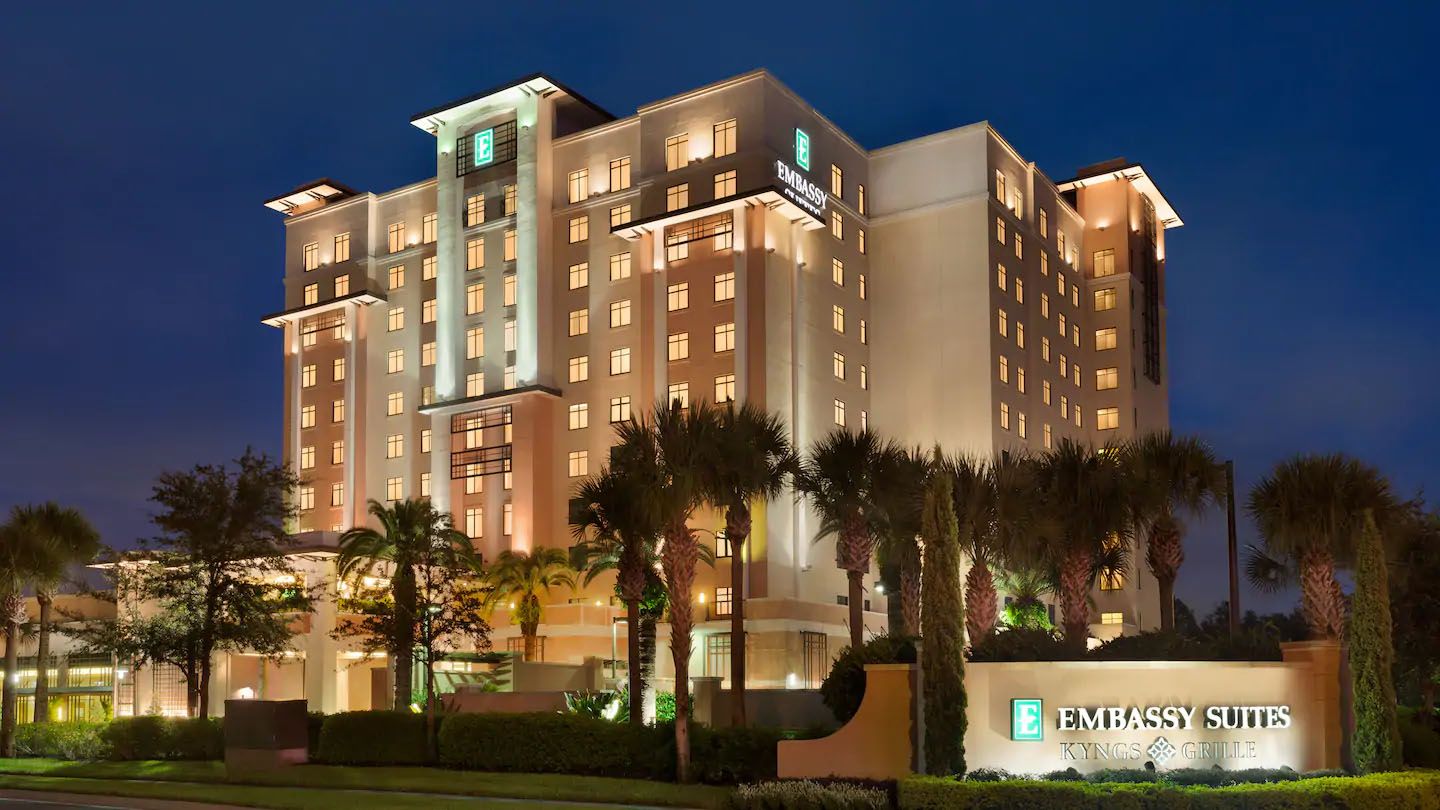 Embassy Suites LBV South 39