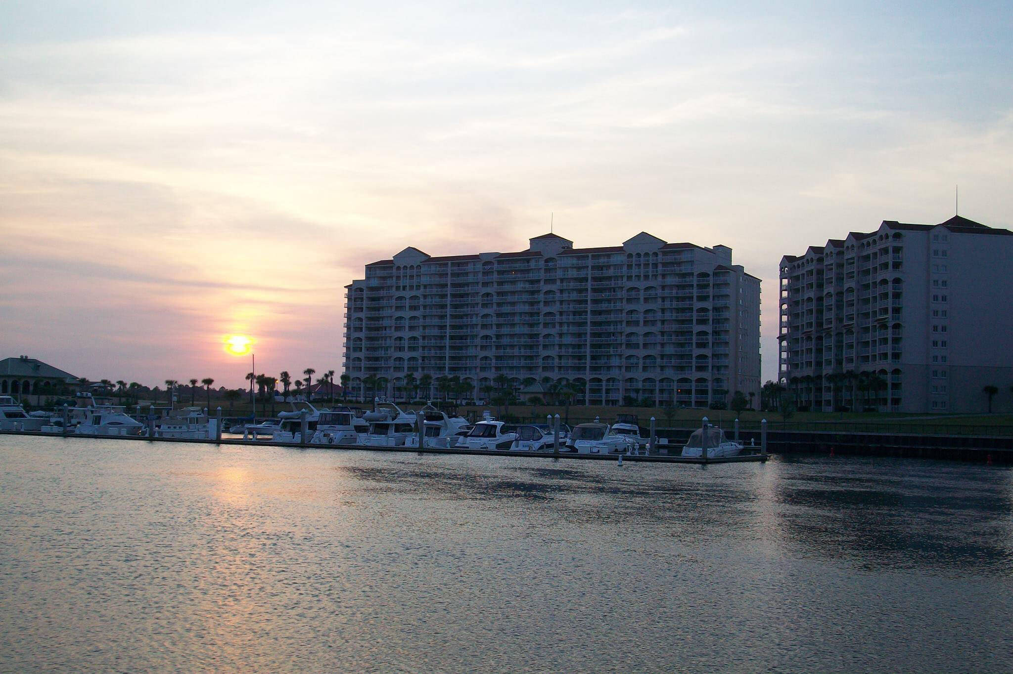 Barefoot Resort by Beach Vacations