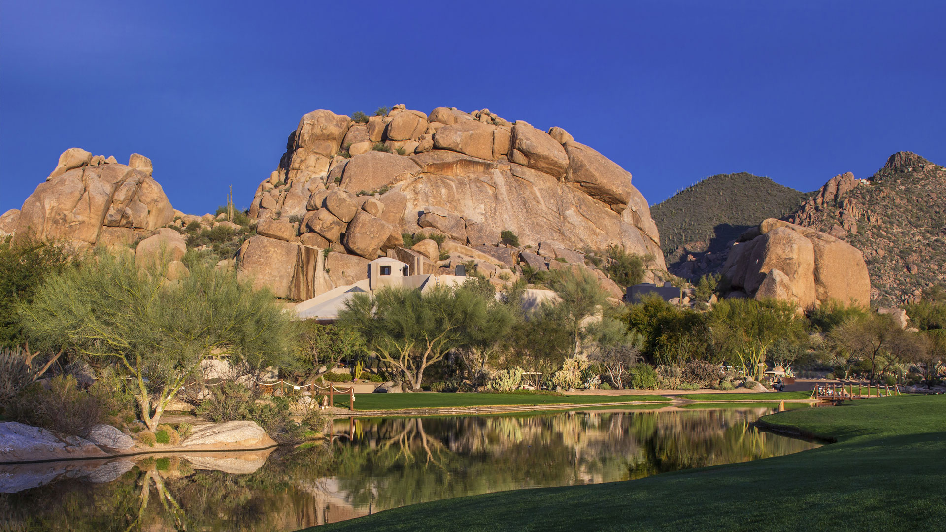 Boulders Resort & Spa 5