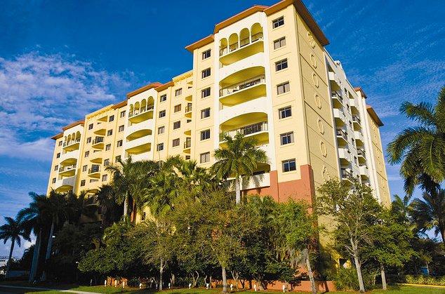 Wyndham Palm-Aire Resort 2