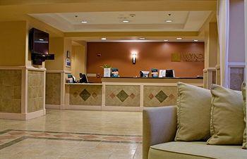 Wyndham Palm-Aire Resort 17