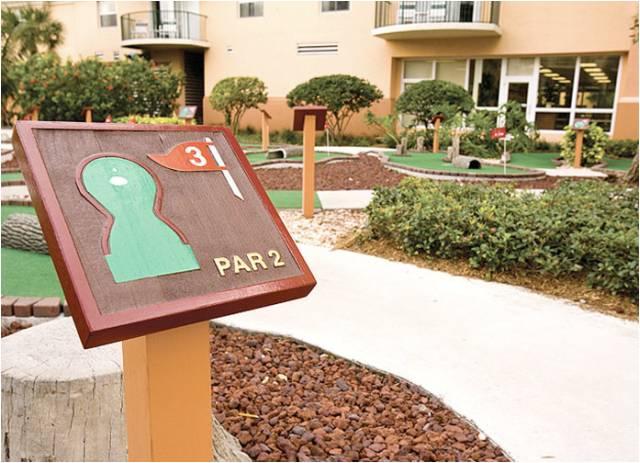 Wyndham Palm-Aire Resort 18
